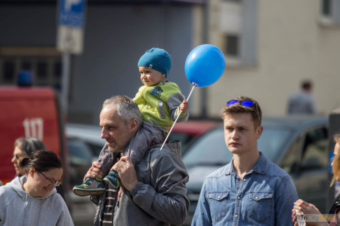 World Autism Awareness Day in Gdynia photo Jakub Woźniak-14