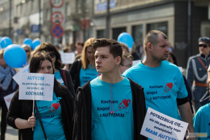 World Autism Awareness Day in Gdynia photo Jakub Woźniak-18