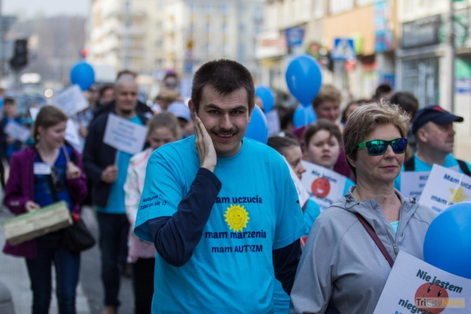 World Autism Awareness Day in Gdynia photo Jakub Woźniak-22