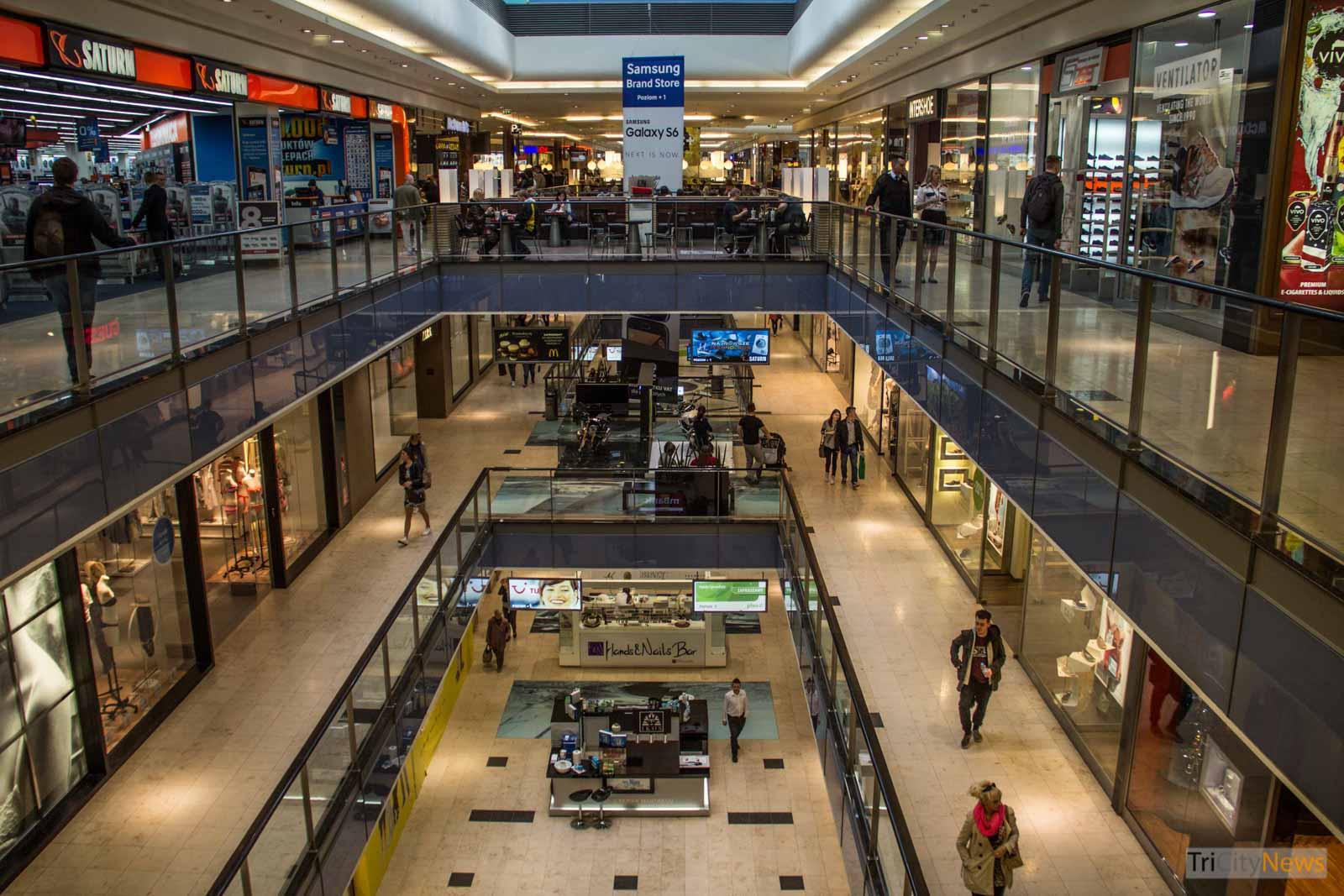 Galeria Baltycka shopping Mall in Gdansk - Trade Ban in Poland, photo: Jakub Wozniak/Tricity News